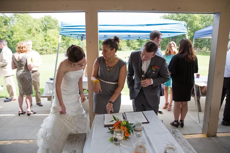 bap_schwarb-wedding_20140906154942PHP_0393