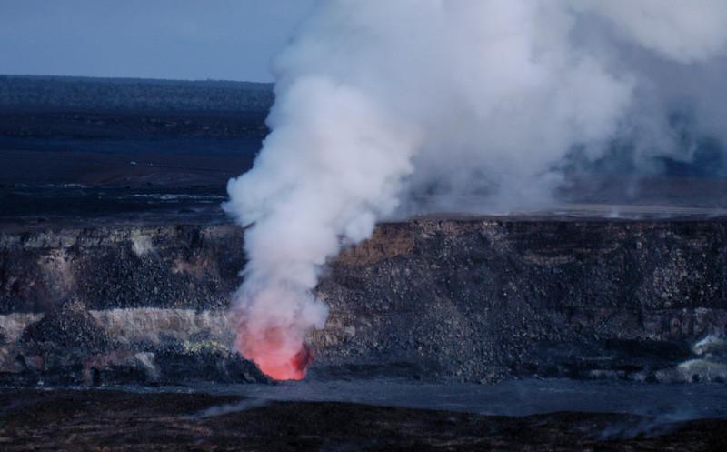 284- 20080412- Hawaii 15- Volcano Nat'l Park Plume Night shots DSC_3194.jpg