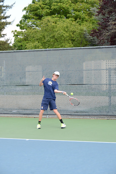 menlo-tennis-2013-boys 10.jpg