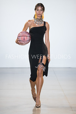 SS20 - Victoria Hayes