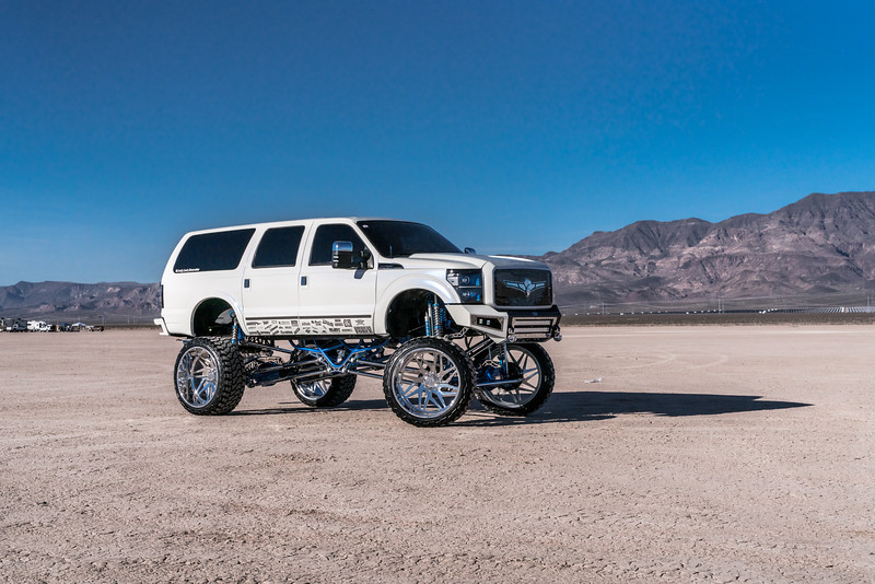 @lady_luck_excursion v.2 2016 @Ford Excursion Conversion 30x16 #GENESIS CONCAVE 42x16.5r30 @FuryOffroadTires-20.jpg