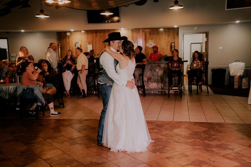 DANCE // BRIDE + GROOM