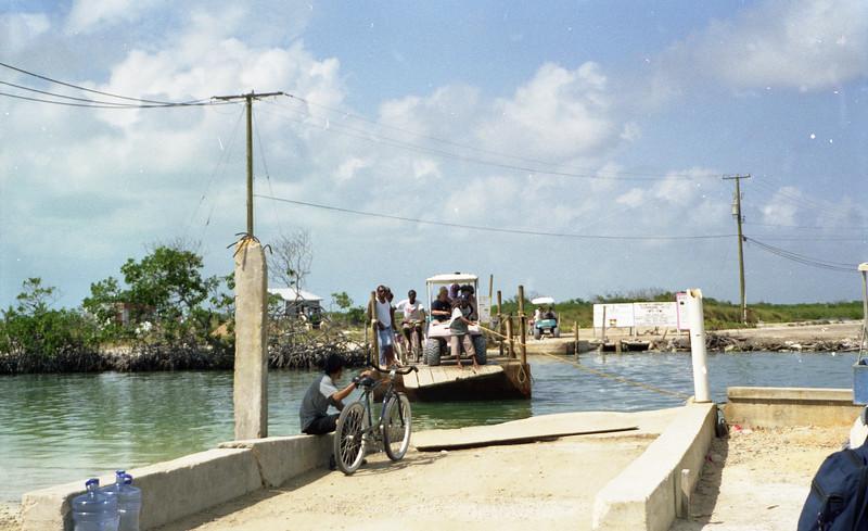 Belize 03-2003006.jpg