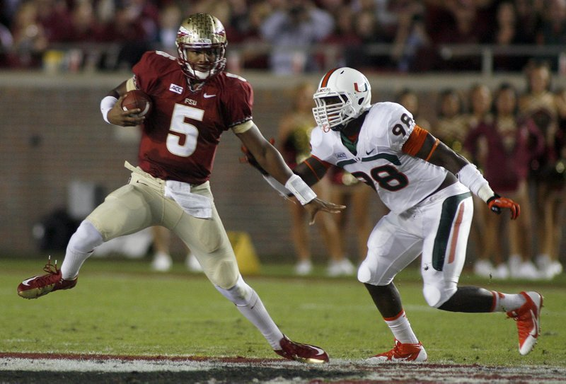 """. <p>4. JAMEIS WINSTON: Closed criminal investigation magically reopens when the subject emerges as a Heisman Trophy favorite. Hmmmmmmmmmmmm ... (unranked) <p><b><a href=\'http://www.usatoday.com/story/sports/ncaaf/acc/2013/11/13/fsu-florida-state-jameis-winston-sexual-assault/3517403/\' target=\""""_blank\""""> HUH?</a></b> <p>    (AP Photo/Phil Sears)"""