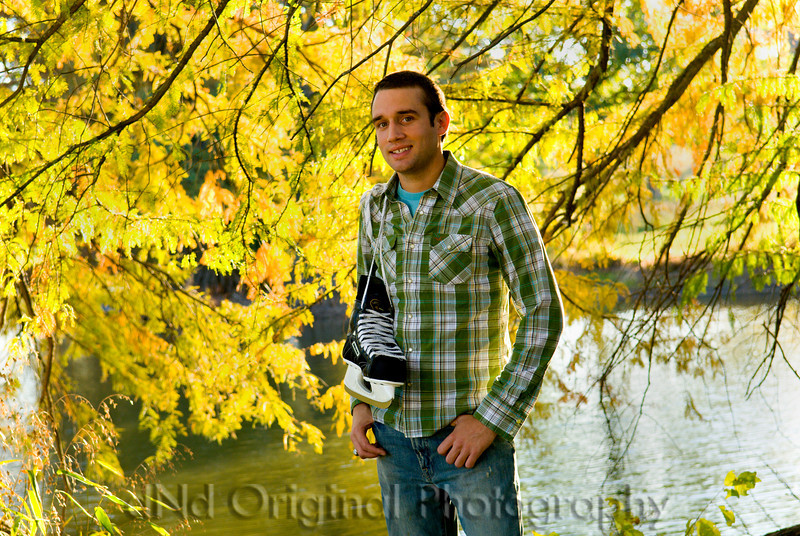 074 Craig White Senior Portraits darker.jpg