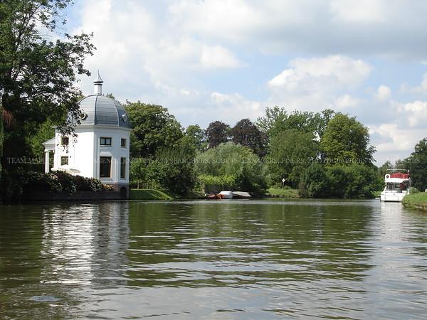 Water Villas | MAPITO Film Locations
