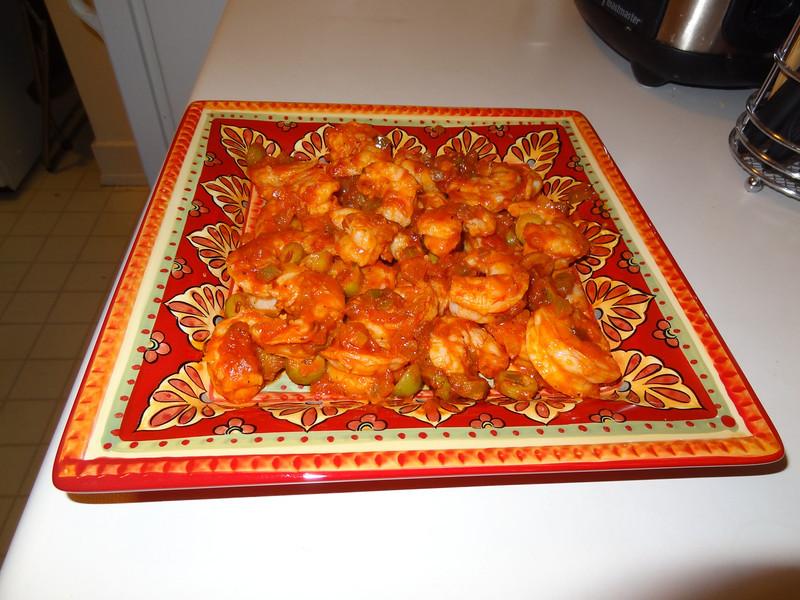 Camarones enchilados (Cuban shrimp creole).