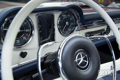 230SL Mercedes Benz