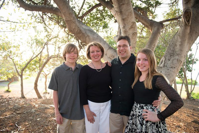 Schatz Family-22.jpg