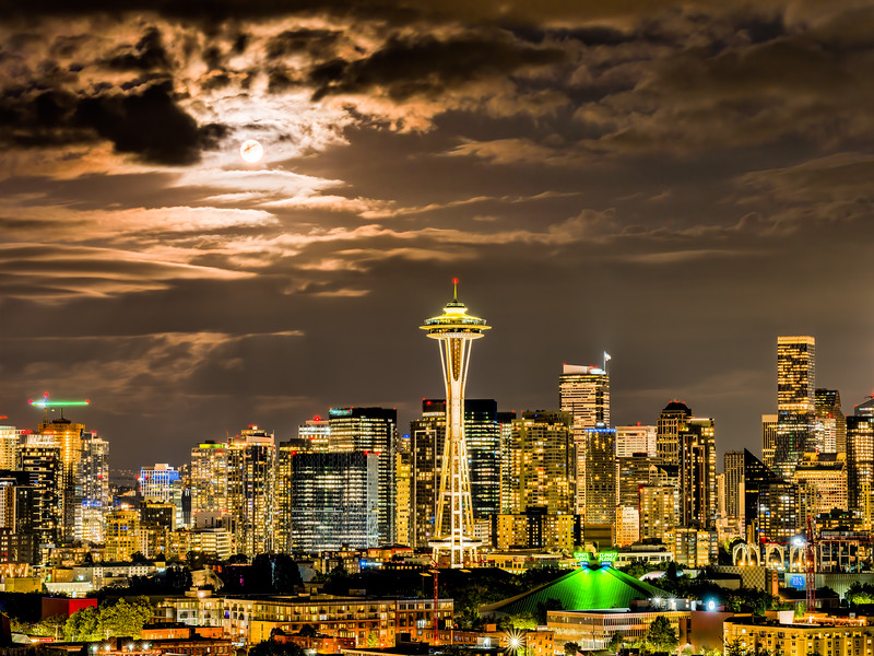 Golden Seattle Under the Sturgeon Moon.jpg