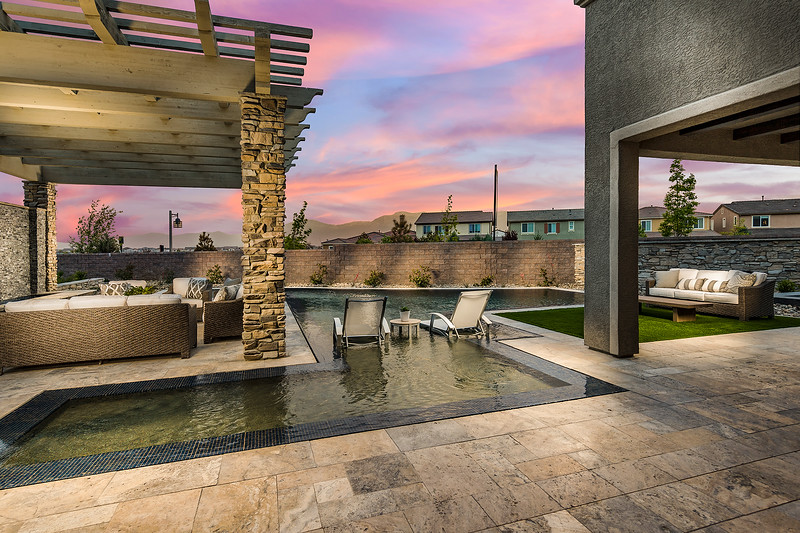 Toll Brothers Reno Diamond Crest Portillo-online-03(1).jpg