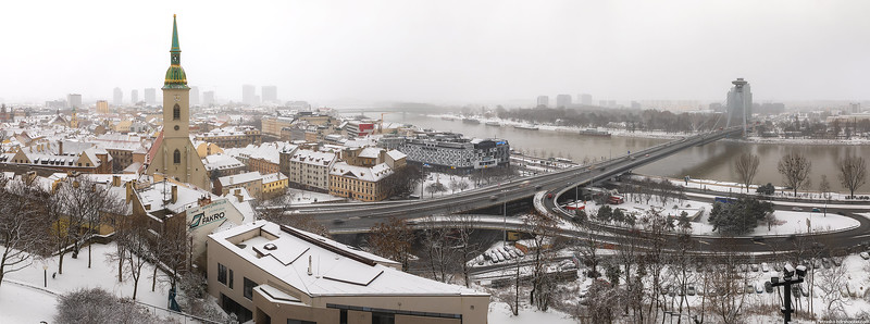 Bratislava-IMG_3414-Pano-web.jpg