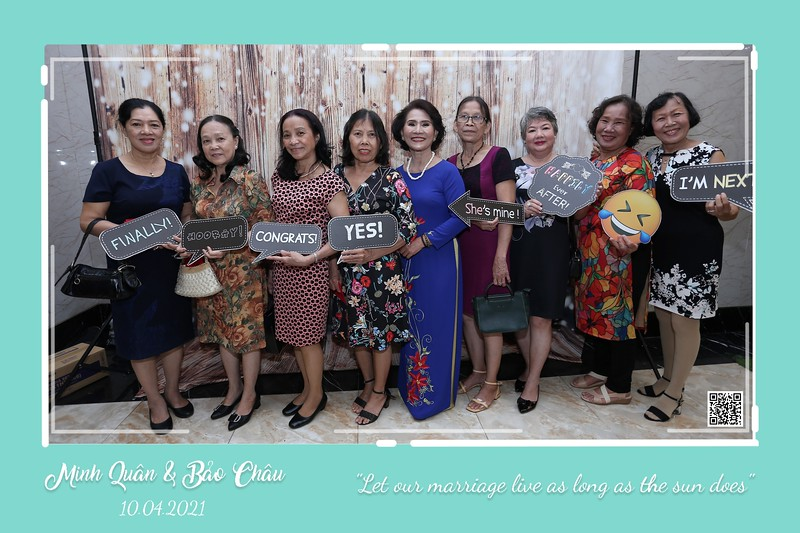 QC-wedding-instant-print-photobooth-Chup-hinh-lay-lien-in-anh-lay-ngay-Tiec-cuoi-WefieBox-Photobooth-Vietnam-cho-thue-photo-booth-068.jpg