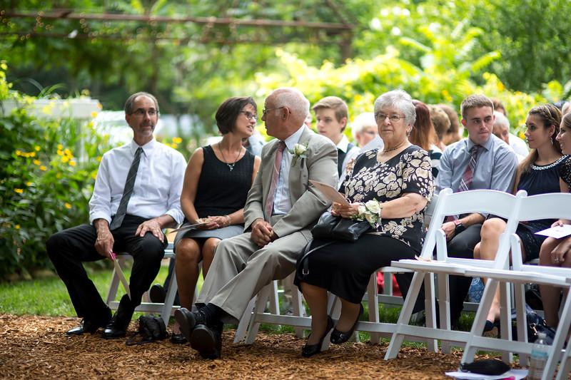 Garrett & Lisa Wedding (219).jpg