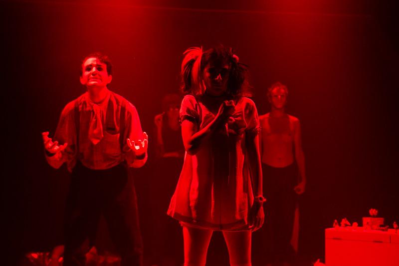 Allan Bravos - essenCIA Teatro - Persona 07-238.jpg