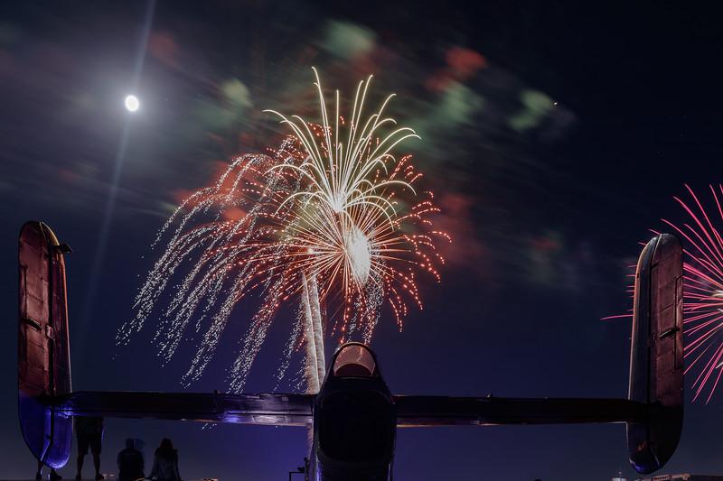 2018_CCA_Fireworks_34.jpg