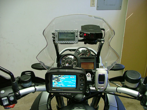 R1200GS_gps_mounts.jpg