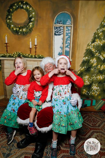 Pictures with Santa @Earthbound 12.1.2018-065.jpg