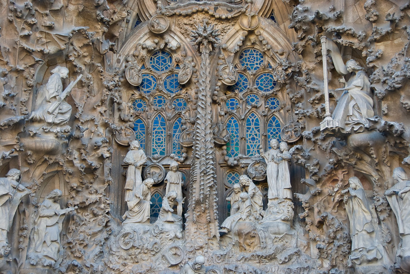 Sagrada Família, Nativity façade -- close-up of the nativity scene. (Dec 12, 2007, 02:56pm)