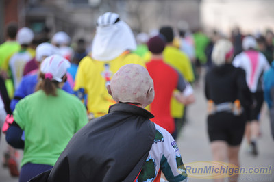 Marathon Start - 2014 Martian Invasion of Races