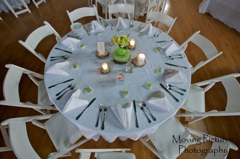 Table setting for guests