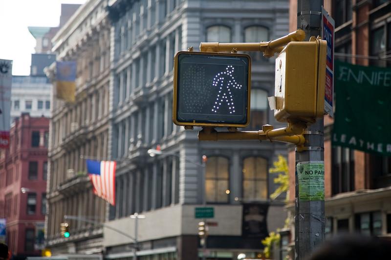 Pedestrian crossing signal, Broadway, NYC, USA