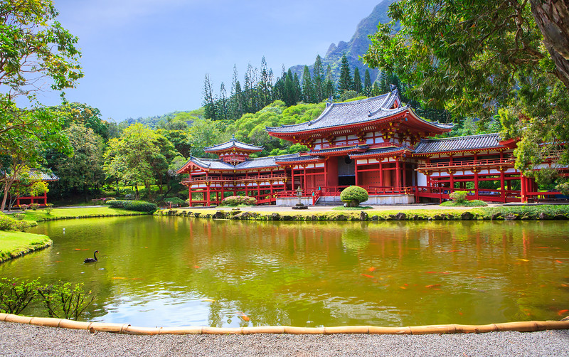 Japanese Byodo-In Temple in Oahu, Hawaii
