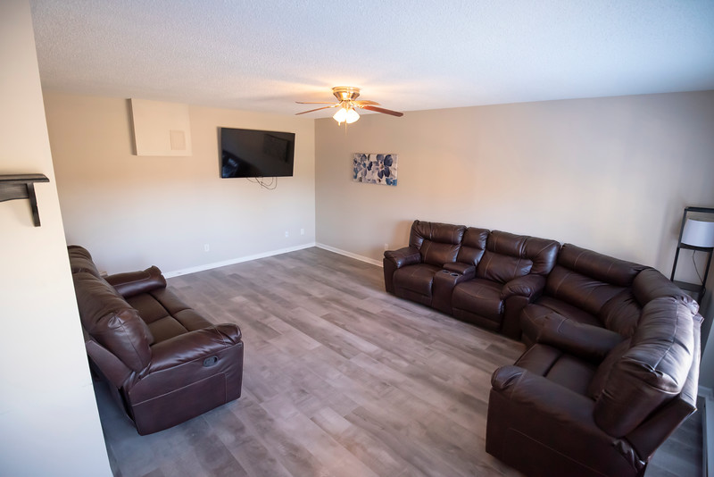 20191125 Rental Property Heatherview Lane 045Ed.jpg