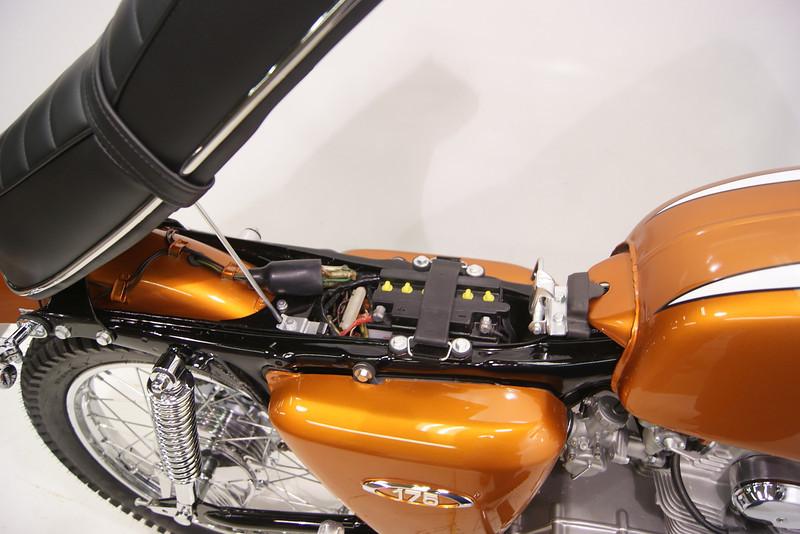 1969 Honda CL175 12-11 016.JPG