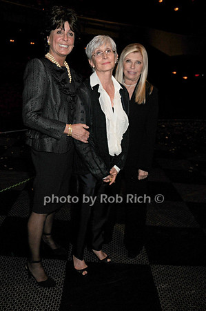 Tina Sinatra, Twyla Tharp, Nancy Sinatra