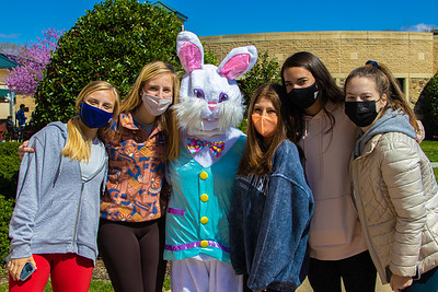Senior Egg Hunt