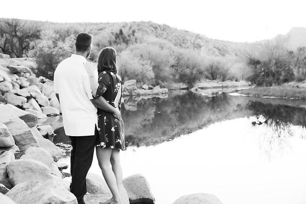 Jenna and Santiago's Engagement Photos