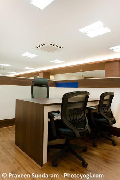 cubicle1.jpg
