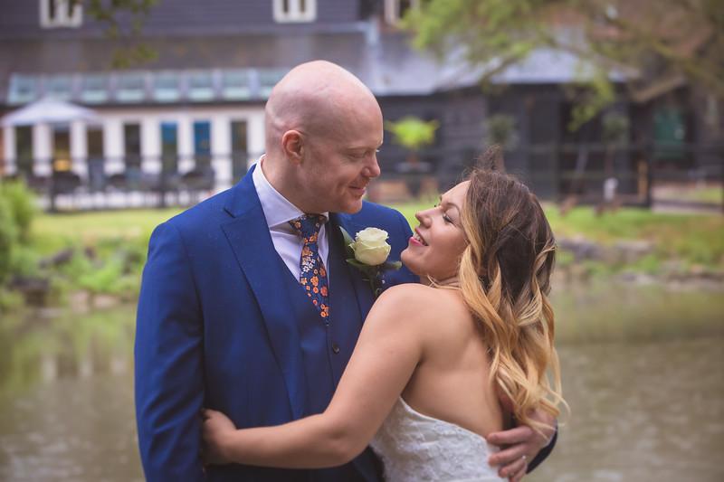 Sam_and_Louisa_wedding_great_hallingbury_manor_hotel_ben_savell_photography-0182.jpg