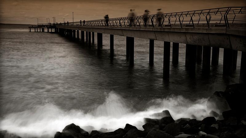 Lorne Pier 1.jpg