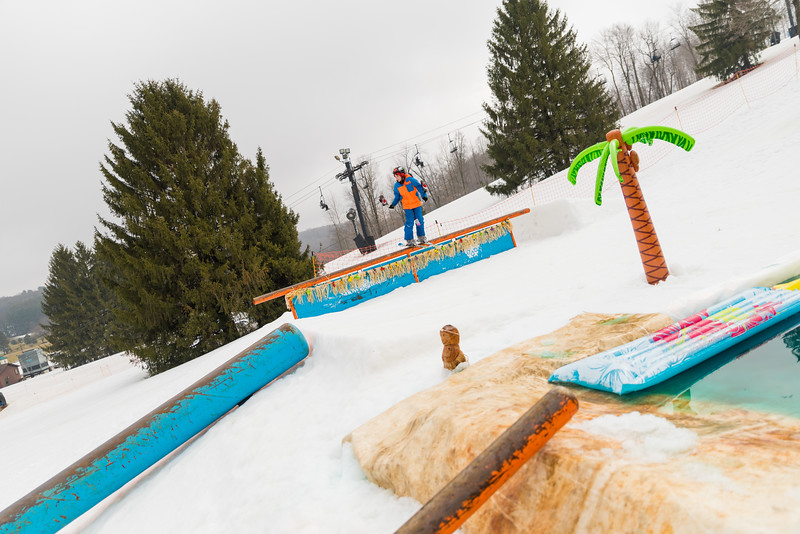 Pool-Party-Jam-2015_Snow-Trails-740.jpg