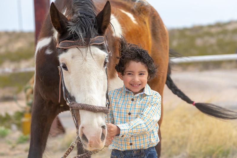 Horses Unlimited Rescue Benefit Photo Shoot El Paso Texas