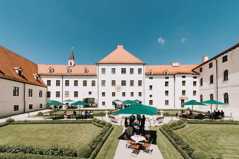 Sommerliche Hochzeit Kloster Seeon (67).jpg