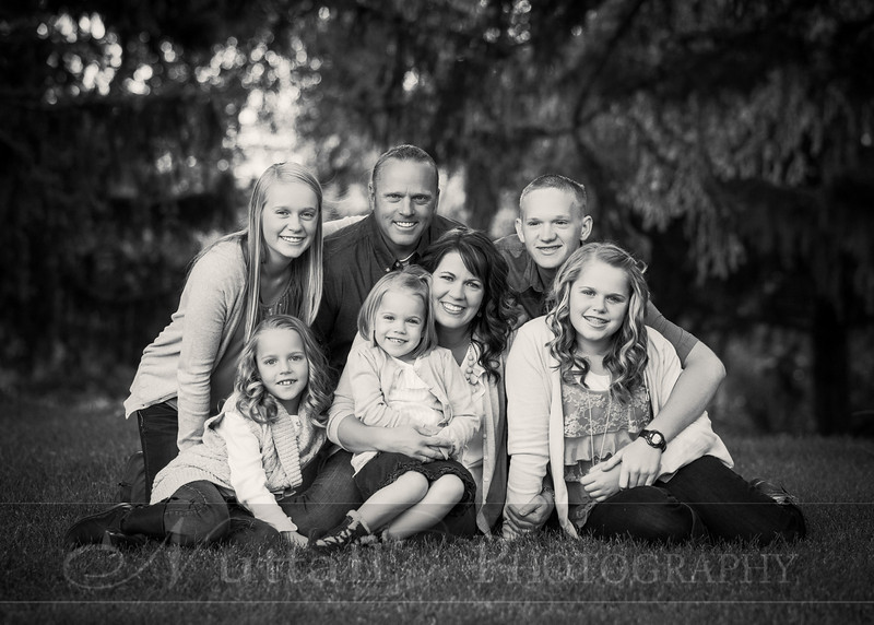 Gustaveson Family 08bw.jpg