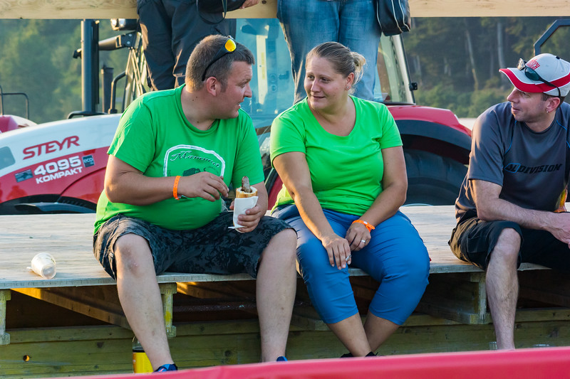 Tractor Pulling 2015-9164.jpg