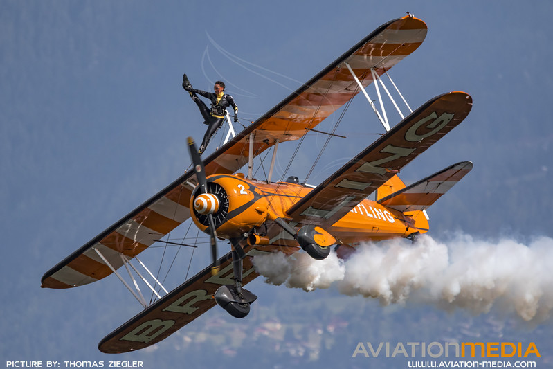 Breitling_Stearman_WingWalkers_MG_8038.jpg