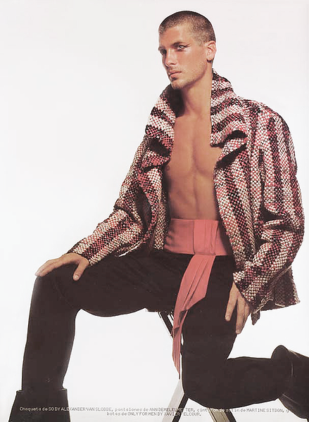 Creative-space-artists-hair-stylist-photo-agency-nyc-beauty-editorial-alberto-luengo-mens-grooming-male-model-10.png