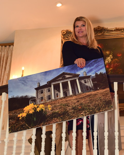 Sharon Virts, Host, Cocktails at Selma Mansion, June 7, 2018, Nancy Milburn Kleck