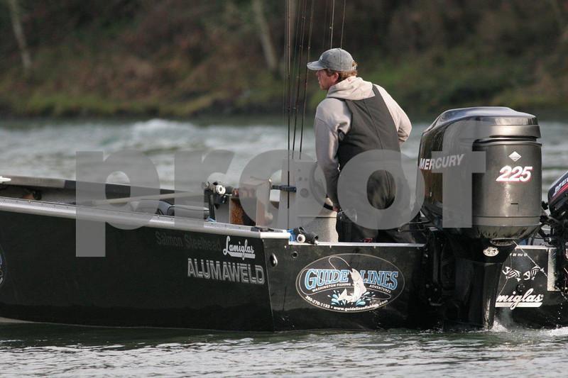 Steelhead fishing on the Cowlitz River, Washington State