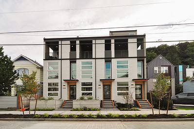2442 55TH Ave SW