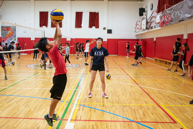 PE Leadership-Gr12 and Gr6 Volleyball Workshops-YIS_2559-2018-19.jpg