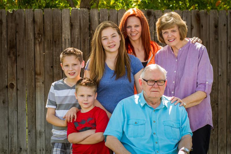 03-27 Hanson Family-122.jpg