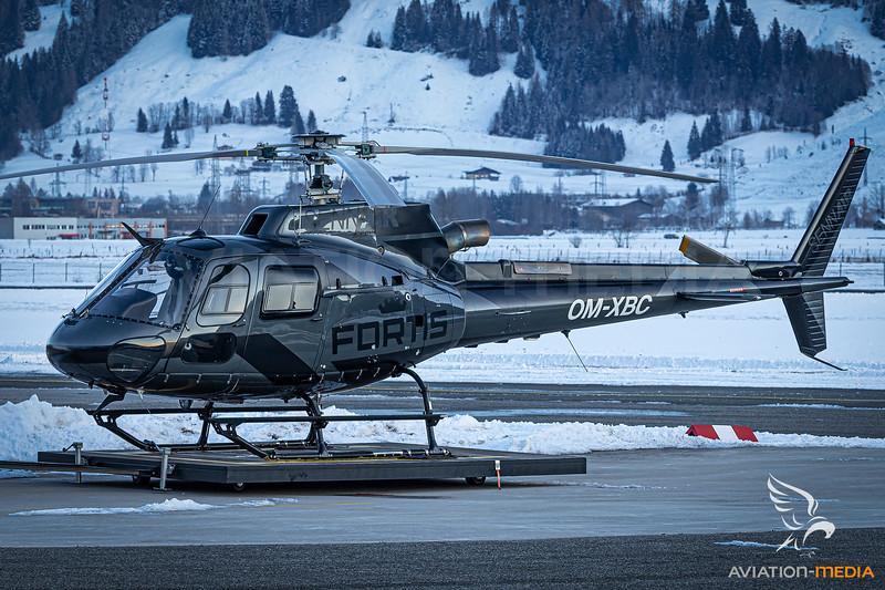 Sennair / AS 350 Ecureuil / OM-XBC