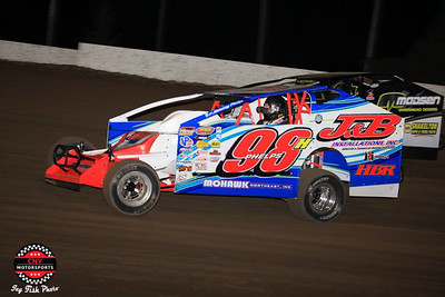 Brewerton Speedway Duel at the Demon September 15 2017 Jay Fish Photos