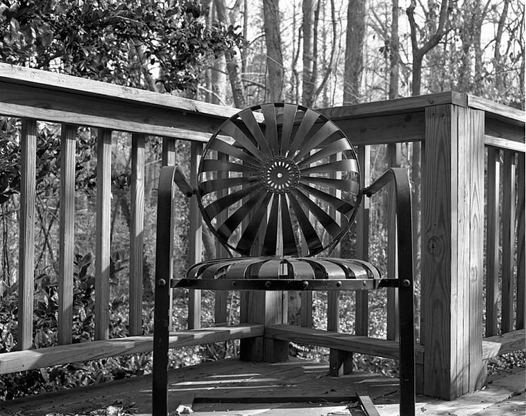 01_chair.jpg
